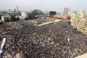 1296640961436piazza_Tahrir[1]