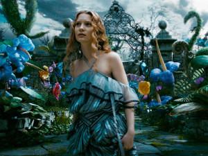 alice_in_wonderland_movie_image_mia_wasikowska_01-Q5K6