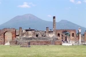 800px-Pompeii&Vesuvius