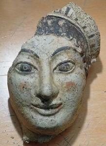 Antefissa a testa femminile, fine VI secolo a.C., Roma, Giardino Romano.