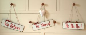 christmas-decoration-signs-set-of-3-shabby-chic-distressed-rustic-style-metal-signs-[5]-534-p