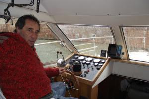 Claudio Rigolo sulla barca attrezzata