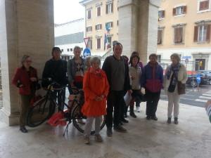 I partecipanti di Amici in Bici e l'organizzatore