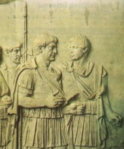 Colonna Traiana, particolare: Traiano a colloquio con Licinio Sura