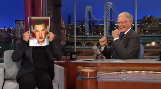 Billy Crystal impersona Mitt Romney al Late Show