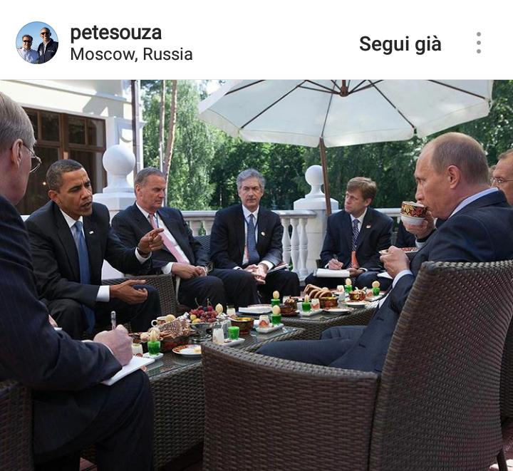 Obama incontra Putin nella sua residenza fuori Mosca.