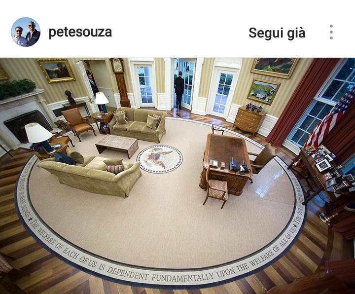 Gennaio 2017. Obama lascia per l'ultima volta lo Studio Ovale della Casa Bianca.