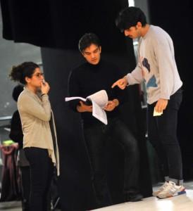 Il regista LEV PUGLIESE durante le prove di Manon al Goldoni