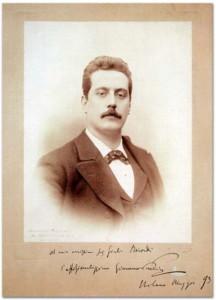 Puccini ai tempi di Manon in una fotografia con dedica a Giulio - Datata maggio 1893.
